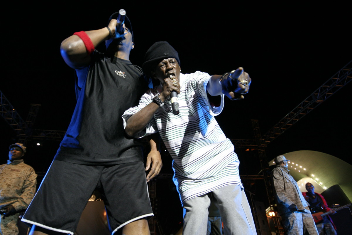 "Songs Sampling Public Enemy's ""BRING THE NOISE"""